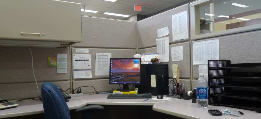 Office Table cubicle organized