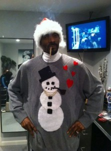 christmas sweater with snowman and hearts by Snoop Dog