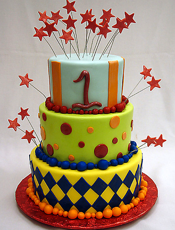 First-Birthday-1 via pinkcakebox.com