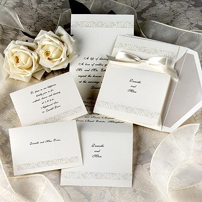 wedding invitations etiquette tips