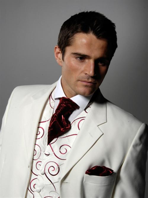 wedding man white via fashiontrendsmens.com